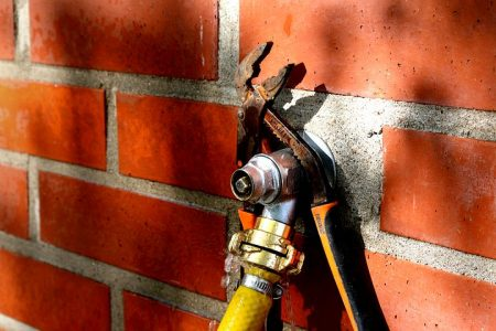 How to Replace a Garden Tap